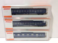 Arnold N - 3285/3286 - 1 Sleeping car and 2 coupé carriages of the NS (lot 665)