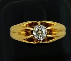 Solitaire 12 kt gold, diamond cutting old coach. 0.50 ct
