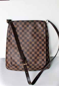 Louis Vuitton – Musette Salsa shoulder bag