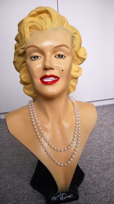 Beautiful and flawless bust Marilyn Monroe-