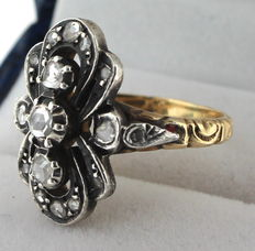 14 kt, bicolour ring set with diamond, ring size 16