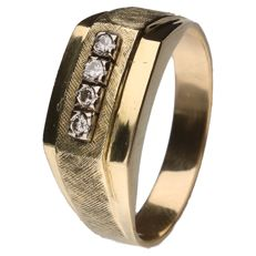 Yellow gold channel ring set with 4 brilliant cut diamonds of 0.01 ct each In total 0.04 ct