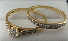 Yellow gold set of rings, inlaid with diamond.