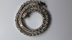 White-gold tennis bracelet, with diamonds totalling approx. 2.36 ct