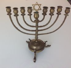 Antiwue Dutch Judica brass Hanukkah Jewish Menorah Lamp - end 19 c / early of the 20 c .