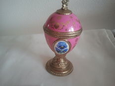 House of Faberge music box / musical box