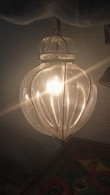 Beautiful Venetian mouth-blown pendant lamp.