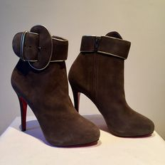 Christian Louboutin Trottinette 120 - Ankle boots with dustbag