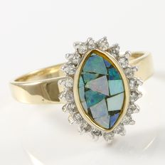 Estate 14kt Yellow Gold Ring  Set with Diamonds and Mosaic Opal