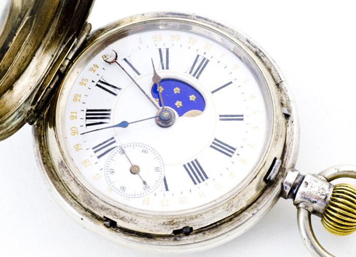 Swiss Pocket watch – Saboneta with moon phase and day of the month – Circa 1890