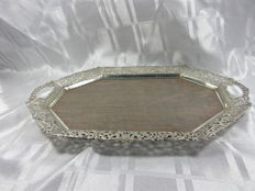 Wooden serving tray with open work silver plated edge, Hooykaas Schoonhoven, 1st half 20th century