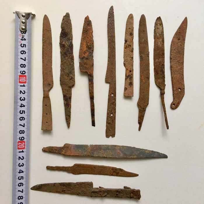 A selection of 11 Iron knives: Celtic, Roman and Medieval / 140mm - 210mm
