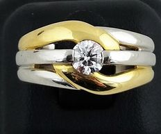 Yellow gold and platinum ring