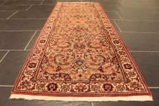 Beautiful handmade oriental carpets – Indo Ghom – Runners silk lustre – Size: 68 x 168 cm – Made in India