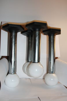 Lighting suspension form of 4 tubes