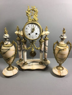 Marble empire clock set - France 1820