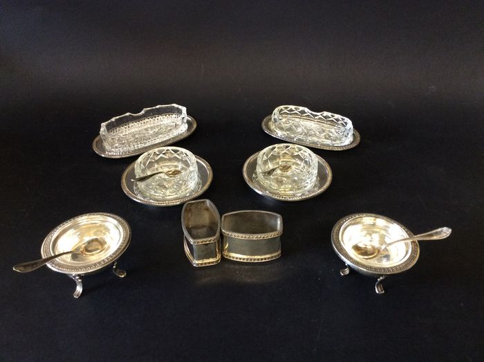 Salt shaker, toothpick holder and napkin rings in silver, Italy 1960-1970
