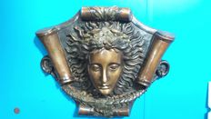 Heavy and beautifully executed bronze plaque Medusa - France - first half of the 20th century