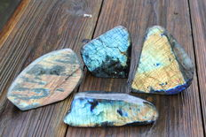 Four polished pieces of Labradorite - 9.5 to 13 cm -  2 kg (4)