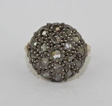 14 kt gold halo ring - diamonds - 1950s style