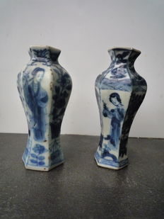 Two Kangxi miniature vases - China - 1700 (Kangxi period)