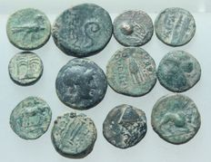Ancient Greece - Lot of 12 pieces AE coins, 3.-1. Century before Christ. Weight: 19 g,  D = 9 - 15 mm