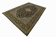 Fine Persian carpet Kashan 3.53 x 2.53 blue handwoven in Iran high quality new wool Oriental carpet TOP CONDITION