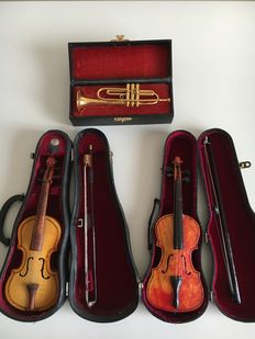 Two violins with bow in a case and one trumpet in a case (all miniature)