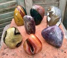Set of various standing Minerals - 8,6 to 12cm - 4,46kg  (7)