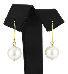 18 kt Yellow gold earrings with pearls