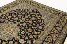 Fine Persian carpet, Kashan 3.53 x 2.53 m, blue, handwoven in Iran, high quality new wool, Oriental carpet TOP CONDITION