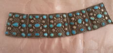 Vintage ethnic bracelet, with genuine turquoise and 925 silver.