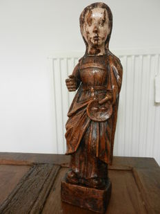 Antique statue of St. Lucy in fruit tree wood - religious sculpture - Renaissance - 16th century