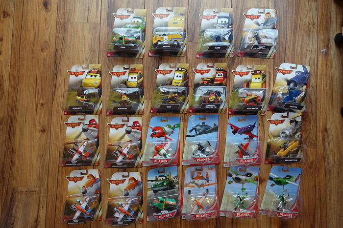 Planes and Planes 2 - Disney/ Mattel - 22x die-cast character vehicles/ models -