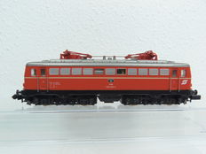 Arnold N - 2346 - E-loc Series 1042 from ÖBB, Orange-coloured