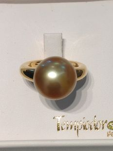 Ring with Australian saltwater pearl, 14 mm.