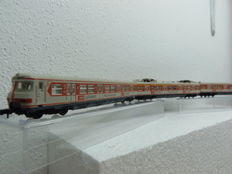 "Arnold N - 2950 - 3-piece train unit ET 420 of DB, with ""AEG LAVAMAT"" advertising"