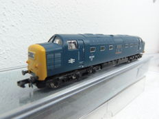 "Graham Farish N - 371-278 - dieselloc Class 55 ""The green Howards"", van de BR"