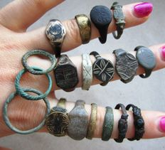 Collection Medieval rings d14 - 21 mm (18)