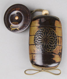 Inro Imperial kamon, Ojime, Manju netsuke - Japan - approx. 18th century