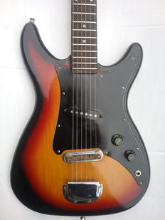 CORT - Solid Body Guitar - Korea - 1970 - one of the first Cort guitars + Gigbag