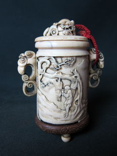 Lidded, ivory pot - Japan - approx. 1880-1900