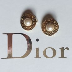 Christian Dior - ear clips