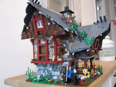 "MOC - ""Medieval House"""