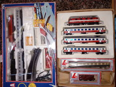 Lima H0 - 106200AD - 2 x Machine + Complete Train Track, Carriages and Rails