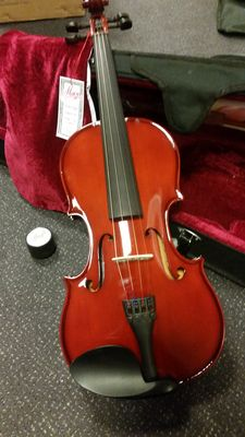 Menzel study Violin 4/4, complete with case, bow and resin