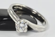 42f3419160fe6 0.60 ct G/VVS diamond solitaire ring in 950 platinum * no reserve *