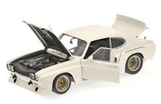 Minichamps - Schaal 1/18 - Ford Capri RS3100 1974 - Plain body White