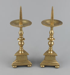 Pair of bronze pin candlesticks, small size-Flemish 19th century.