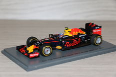 Spark - Schaal 1/43 - Red Bull RB 12 - Winner Spain GP 2016